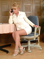 Blonde MILF Louise Hodges gets us all warm - Milf Nylon